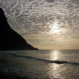 Los delfines saltadores y la Praia da Conceiçao