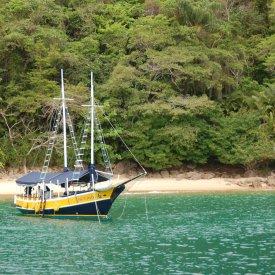 Paraty: excursión en barco por la bahía